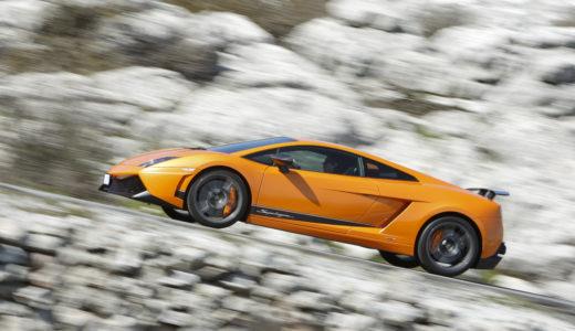 ランボルギーニ最大のヒット作、ガヤルド!意外なほどコンパクトなボディとV10の強心臓を持つ新世代スーパーカー